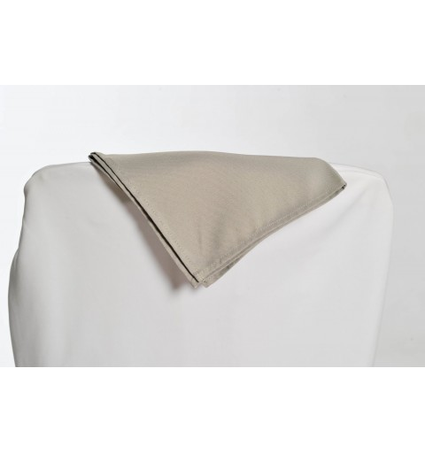 Serviette gris argent 100% polyester